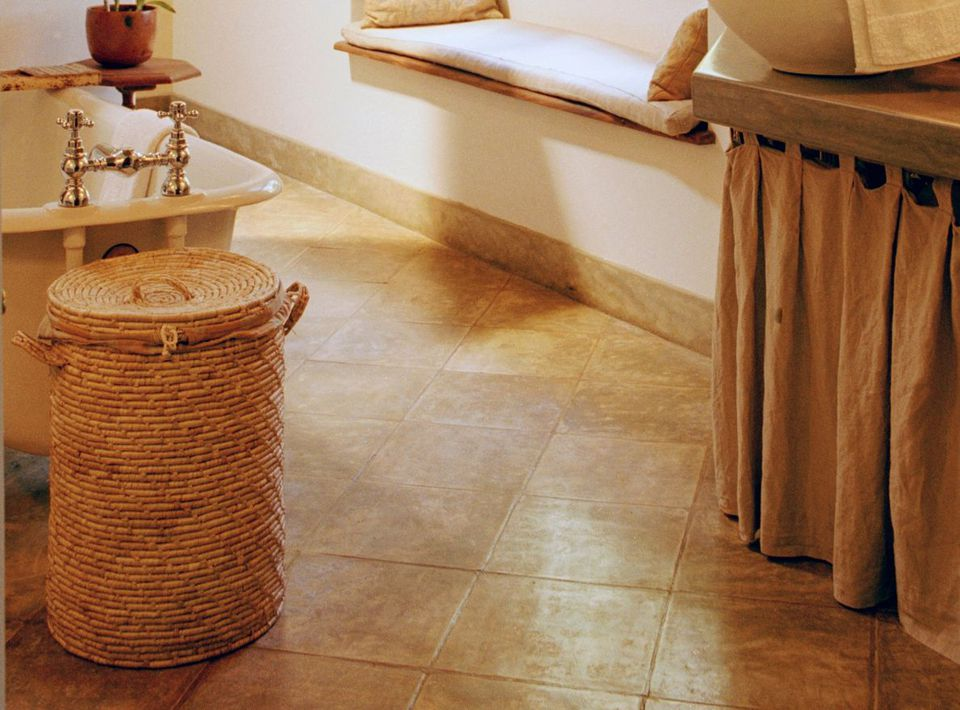 Diagonal Tile In Bathroom