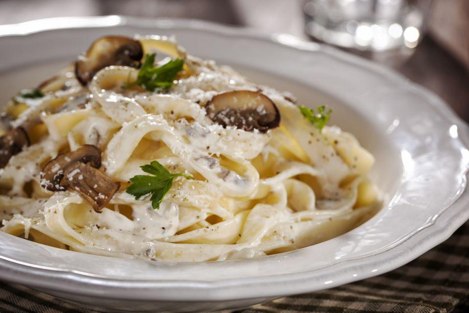 Vegan Creamy Mushroom Pasta Sauce Recipe