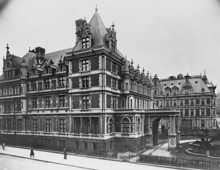Chateauesque mansion in 1800s New York City on the corner of 5th Avenue and 57th Street