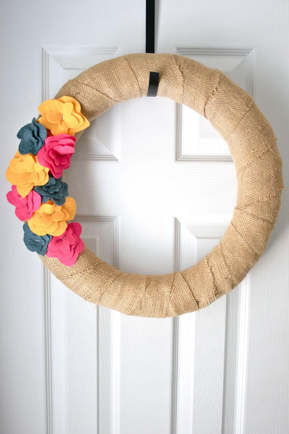 DIY Burlap Floral Wreath