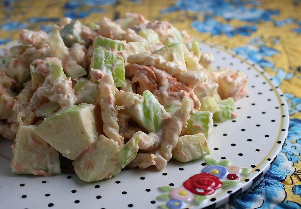 Pasta-Salmon-Apple-Salad.jpg