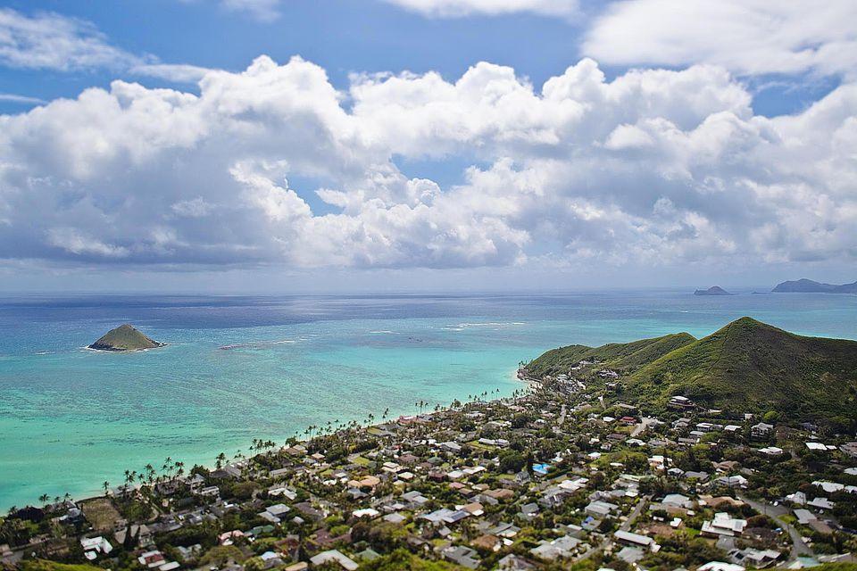 Mokulua Island, Lanikai Beach, Oahu, HI, USA