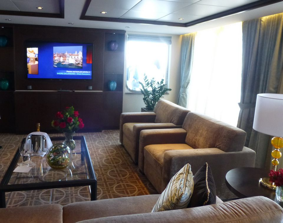 Queen Victoria | Cruise Ship Deals from CruiseDirect.com