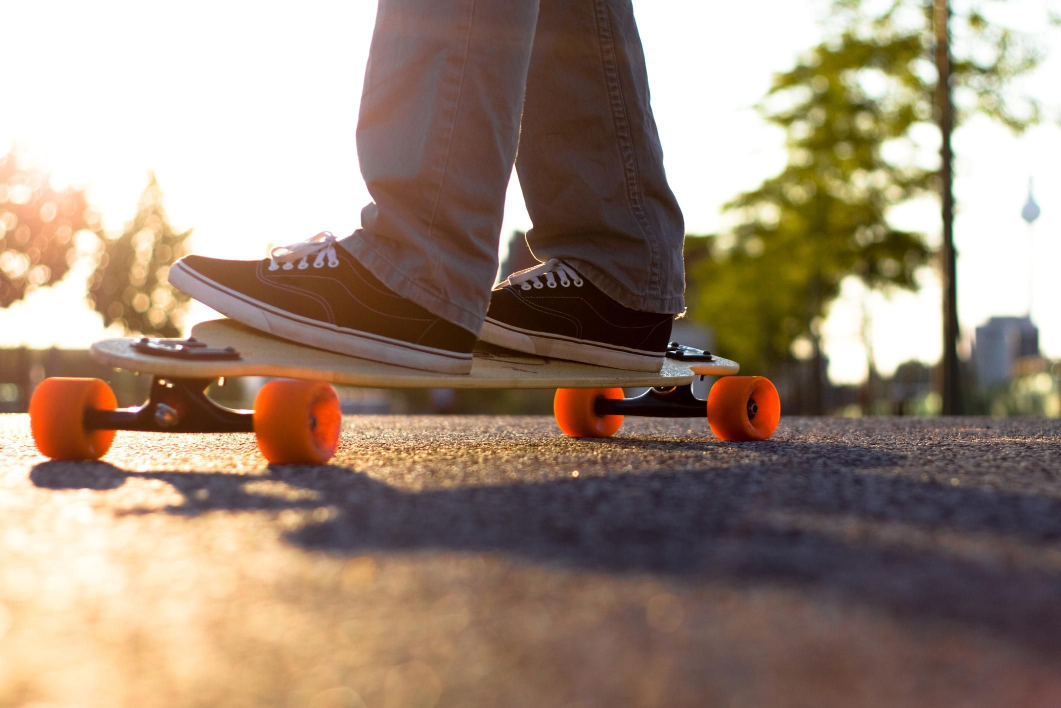 solving the beginners skateboarding footing problem