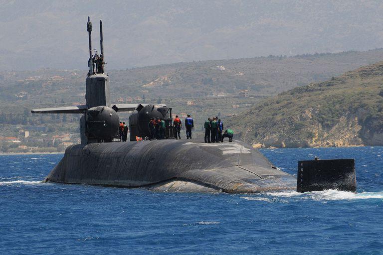 sub visiting souda bay crete