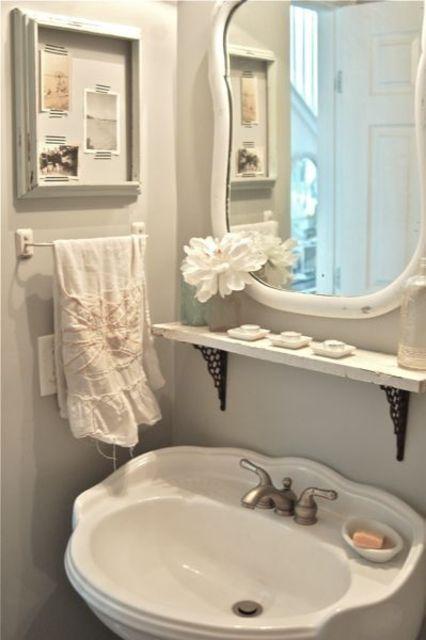 10 Beautiful Bathrooms With Pedestal Sinks