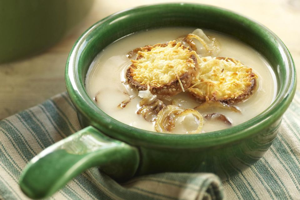Onion soup with cheese croutons