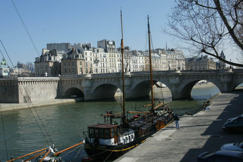 To fully enjoy your trip to Paris, some careful planning is in order so you can relax.