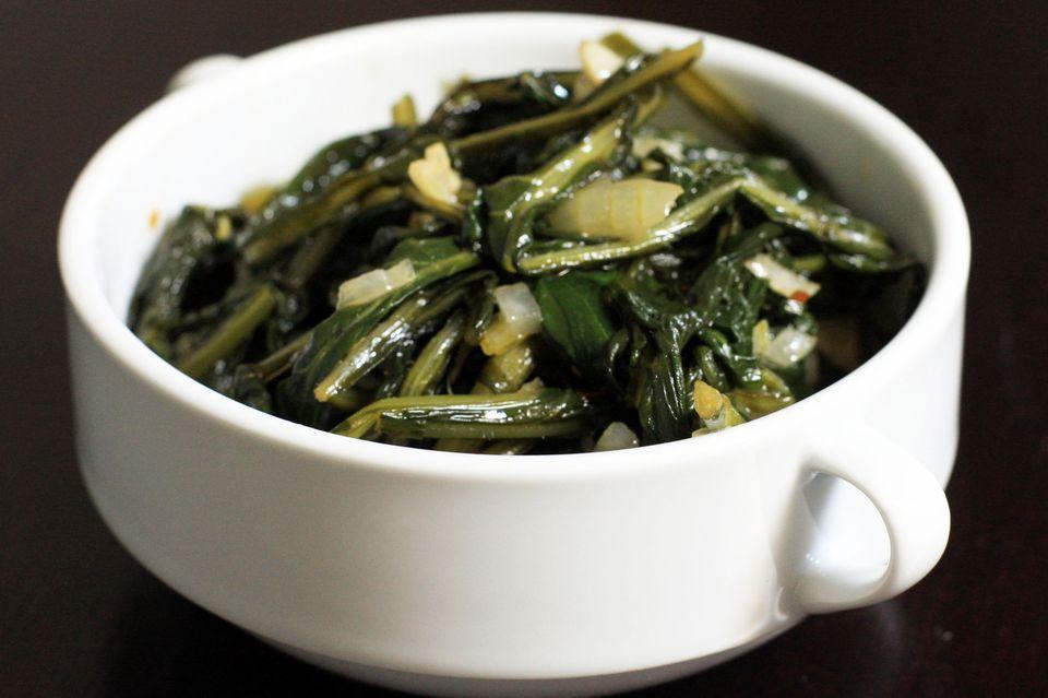 Dandelion Greens With Garlic