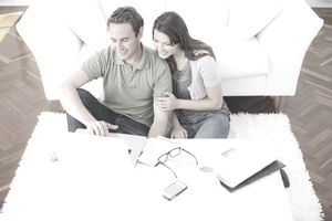 couple-of-homeowners-at-computer.jpg