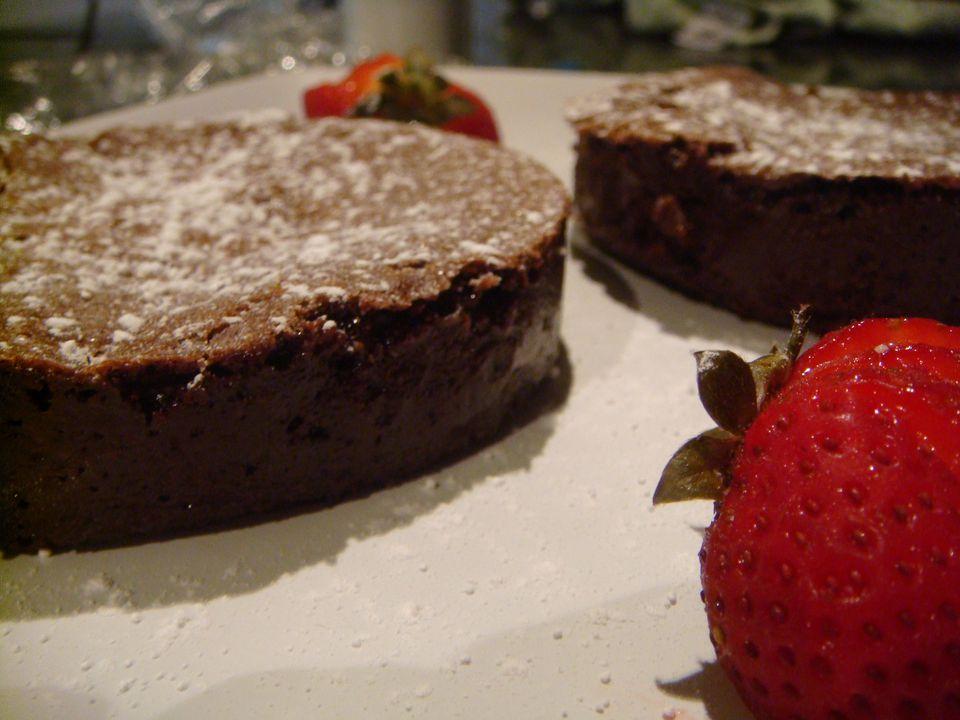 Easy Flourless chocolate Cake Recipe