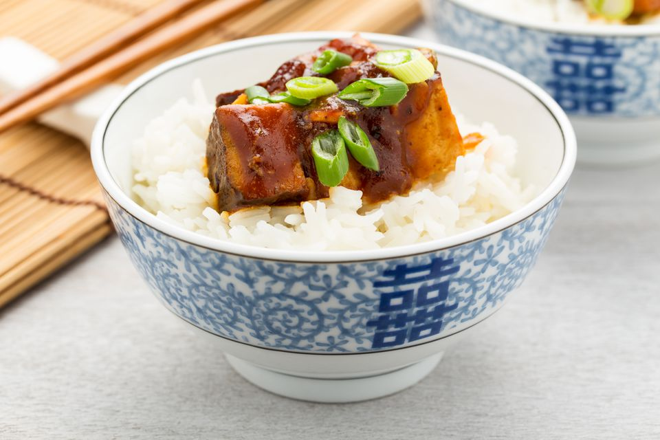 Barbecue tofu with rice