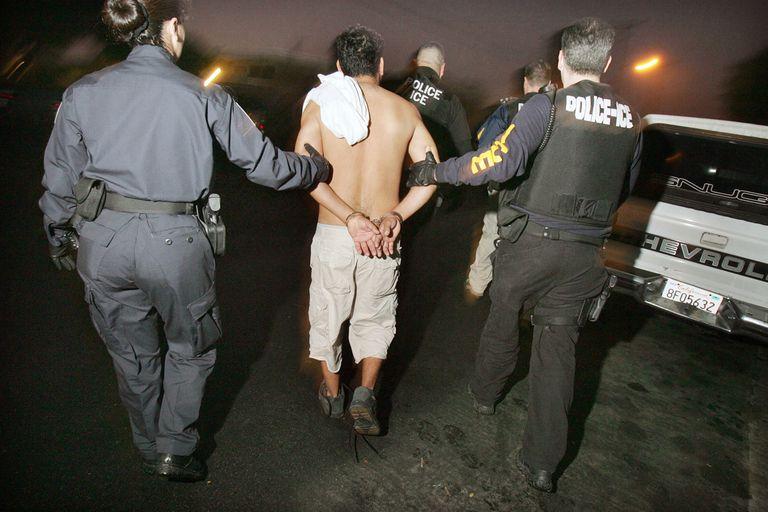 Arresto de un inmigrante por ICE