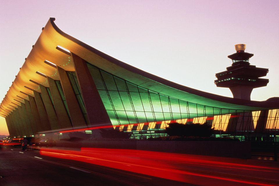 DULLES AIRPORT AT NIGHT IN VIRGINIA