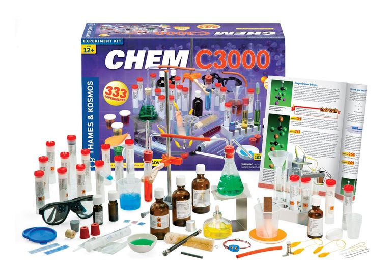 The Chem C3000 chemistry kit contains everything needed to perform over 350 experiments.