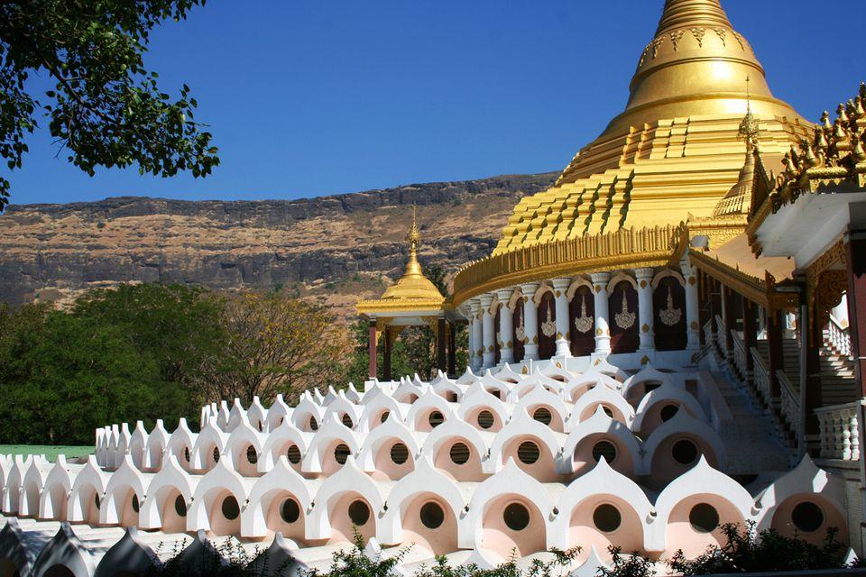 Dhamma Giri, Igatpuri