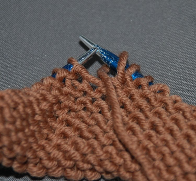 Knitting Yarn Over Stitch : Learn knitting yarn over for different situations