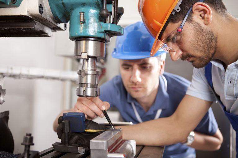 2-factory-workers.jpg
