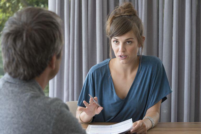 A recruiter asks a candidate ten best interview questions.