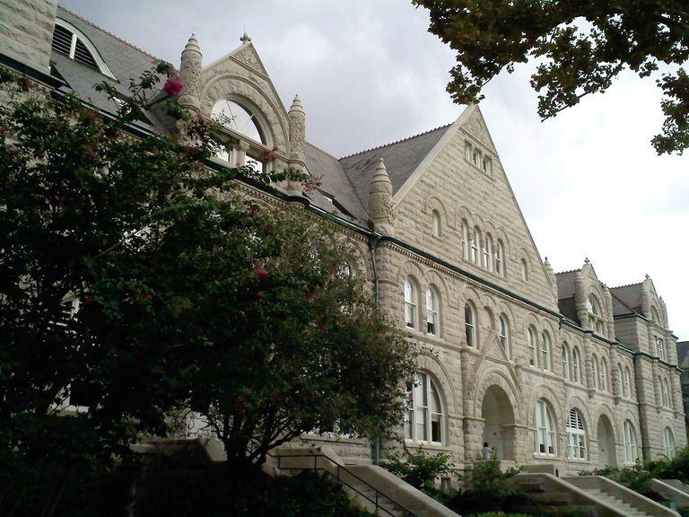 Gibson Hall at Tulane University