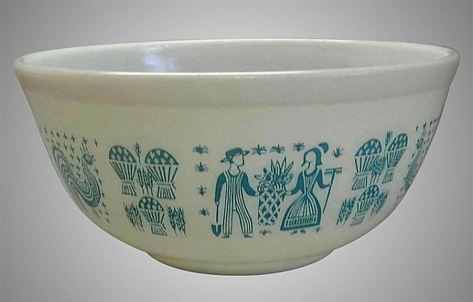 Pyrex Butterprint Mixing Bowl