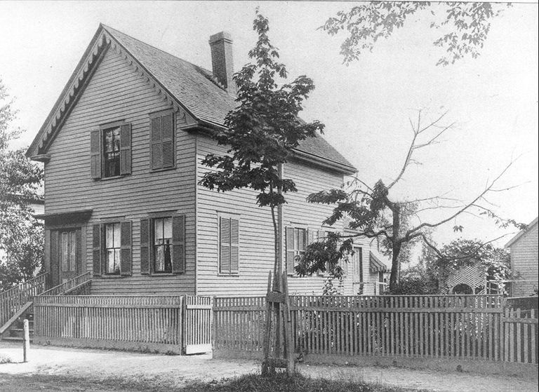 Trouvelot's home on Myrtle St. in Medford, MA.