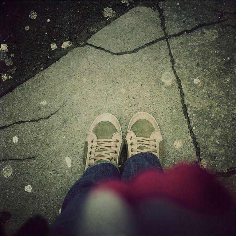 STEP ON A CRACK Photo