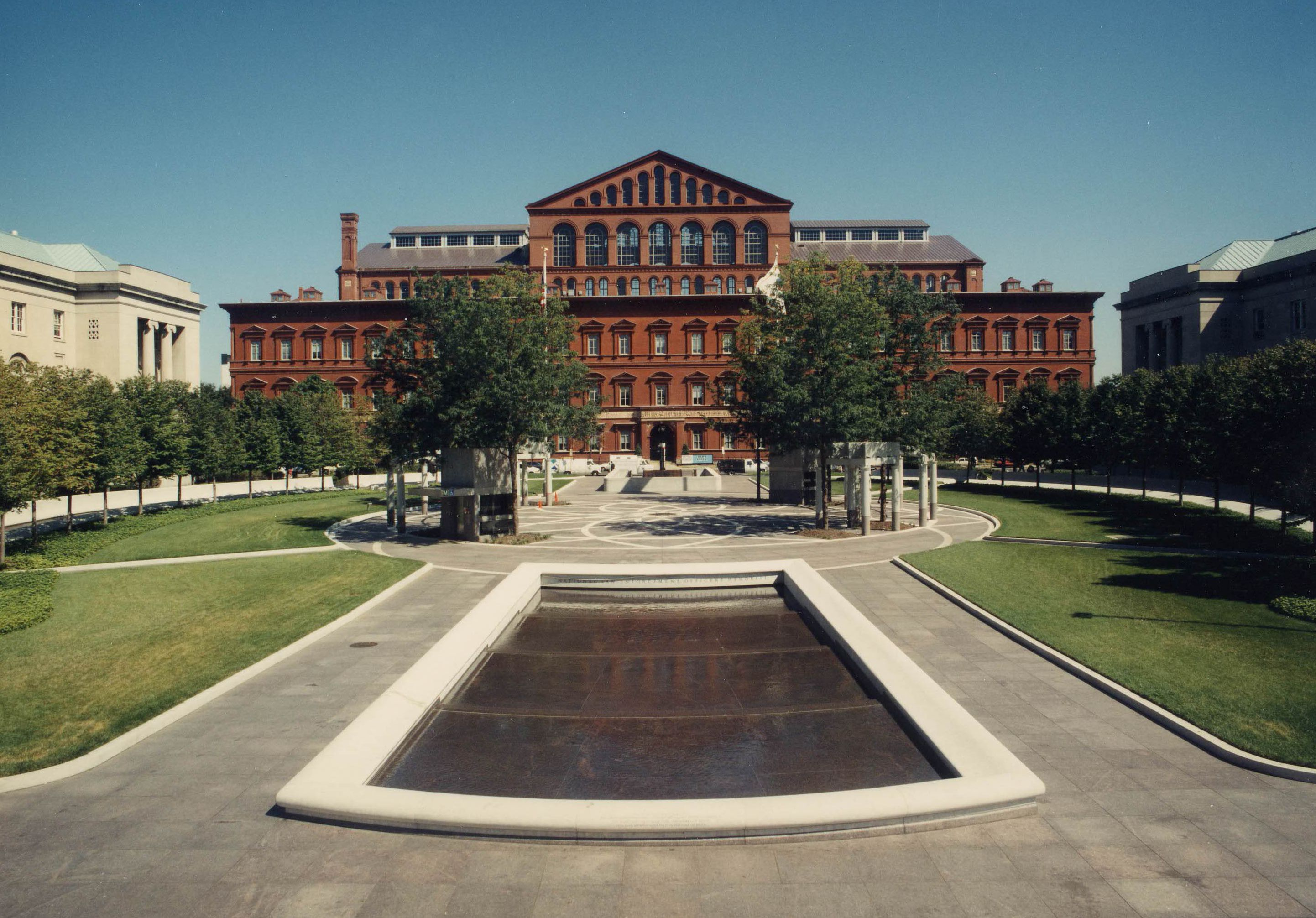 guide to the national building museum in washington dc. Black Bedroom Furniture Sets. Home Design Ideas