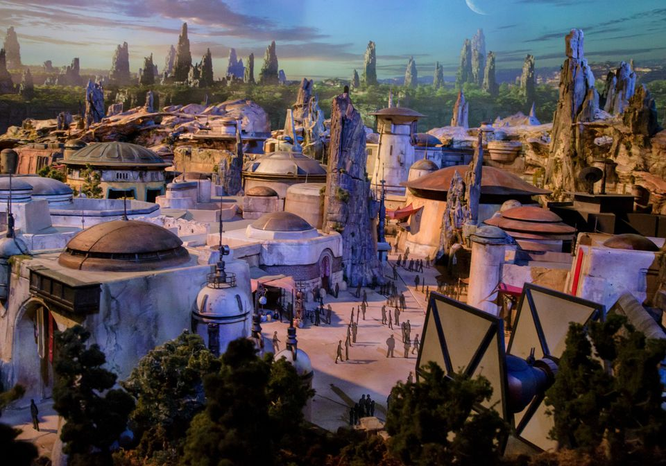 Star Wars Lands Coming to Disney World and Disneyland