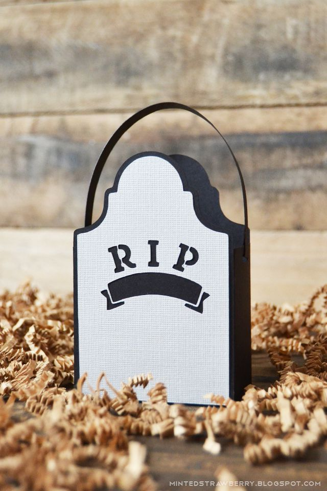 DIY Gravestone Treat Bag