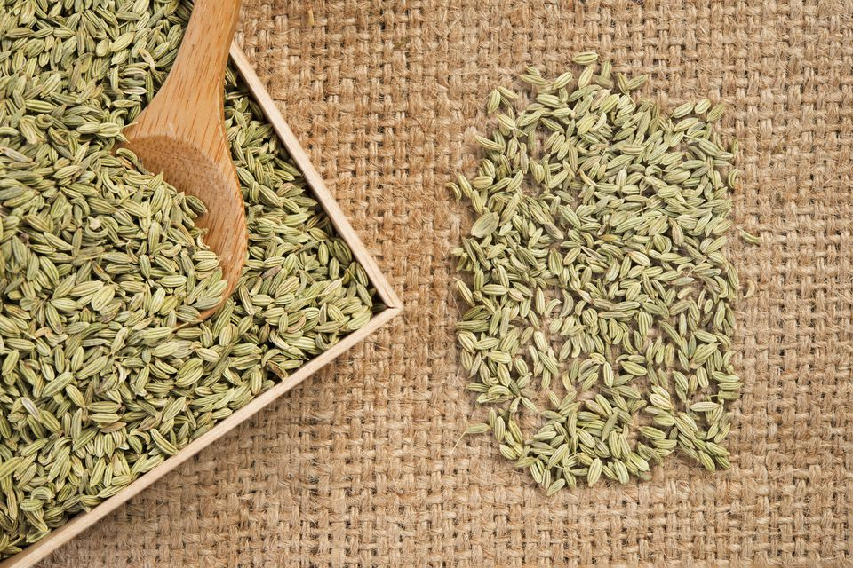 Fennel seeds in a wooden box