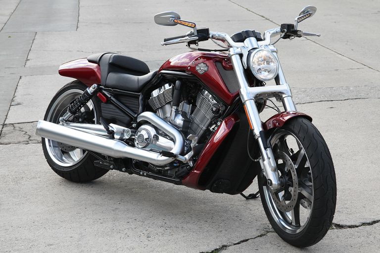 2009 harley davidson v rod muscle review. Black Bedroom Furniture Sets. Home Design Ideas