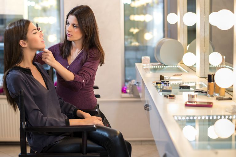 how to become a popular makeup artist