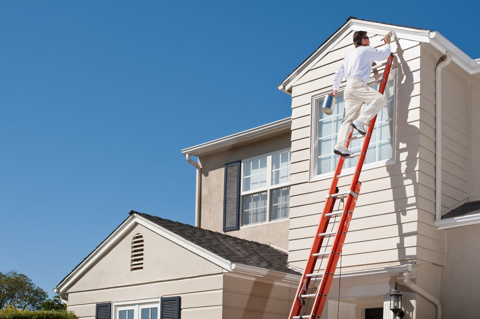 Can you paint a house in rainy weather for Temperature for exterior painting