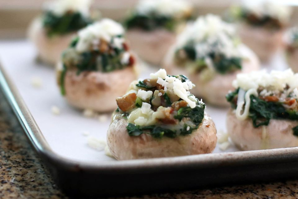 Stuffed Mushrooms With Ham and Spinach