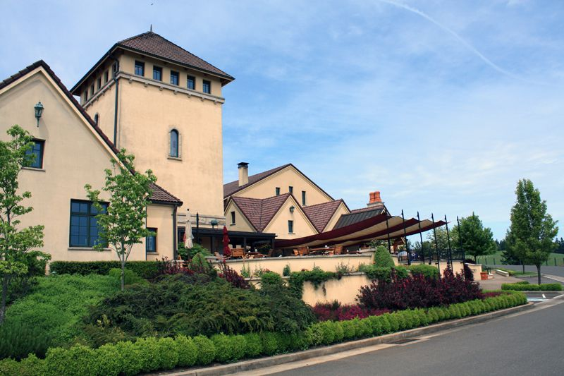 Picture of King Estate Winery in Eugene Oregon (Angela M. Brown)