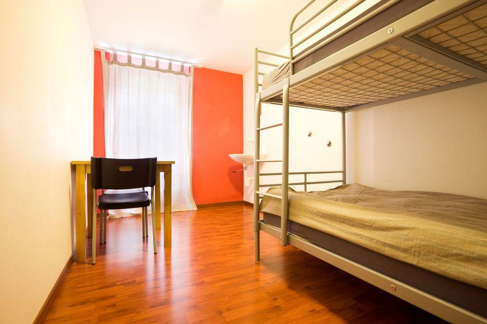 Backpacker Hostel Dorm