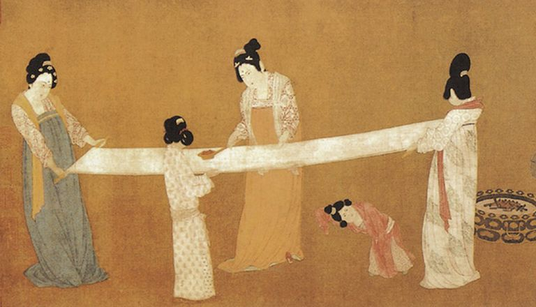 Court Ladies Preparing Newly Woven Silk