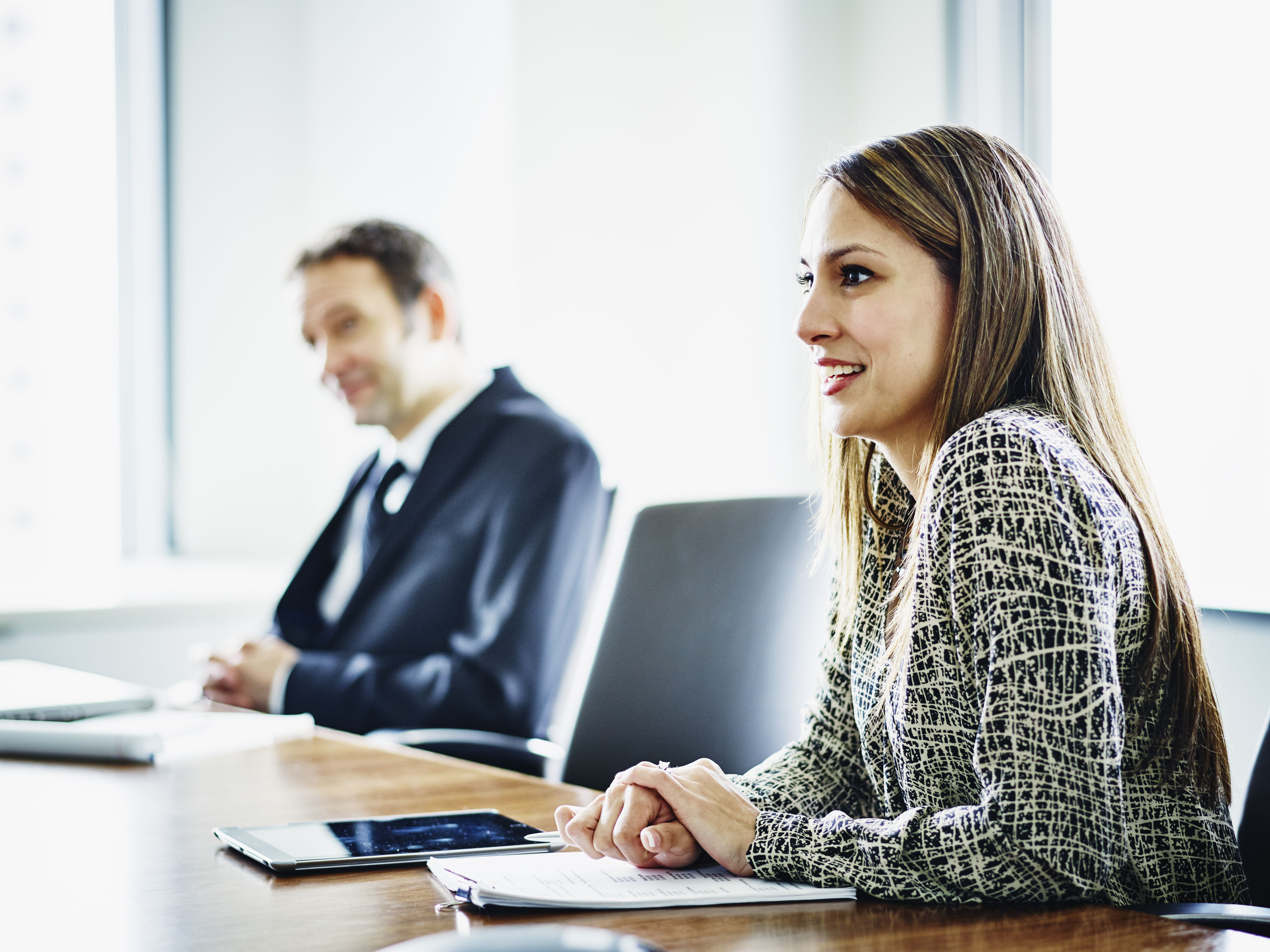 business executive in discussion with colleagues 539253399 593707965f9b58d58a5cb301 - Internship Opportunity in The Phone Industry
