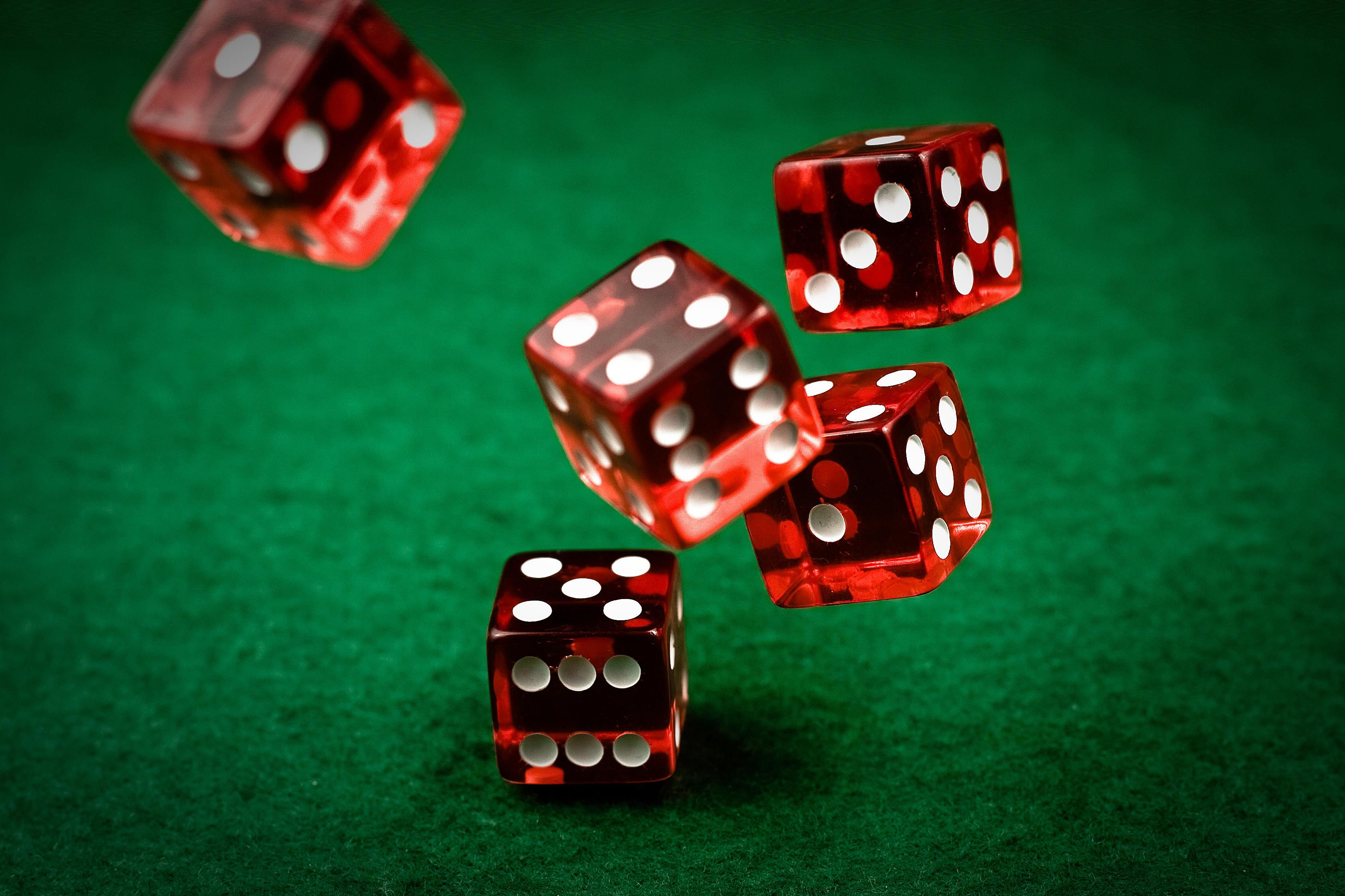 7 Best Dice Games You Should Learn How to Play (Updated 2019)