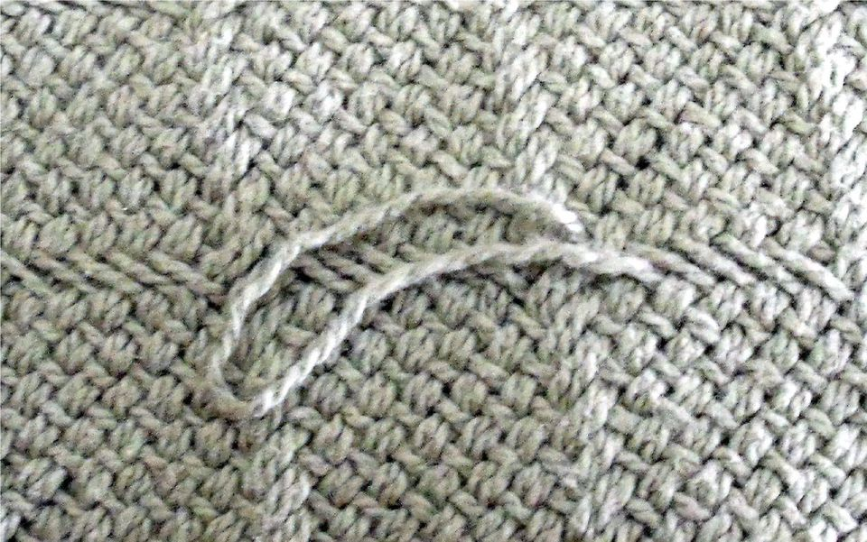 Snag in Knit Large