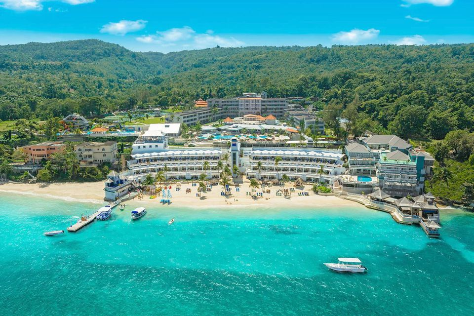Best jamaica all inclusive family resorts for Best all inclusive family beach resorts
