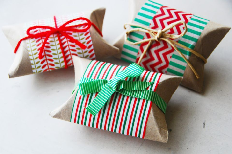 Cheap, Easy and Eco Friendly Ways to Wrap Christmas Gifts