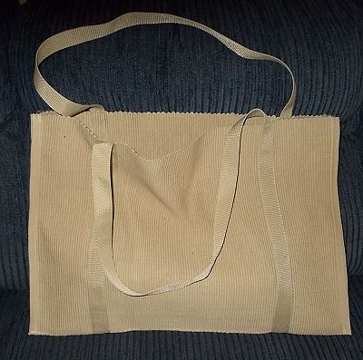 Free directions to sew a tote bag from two rectangle placemats