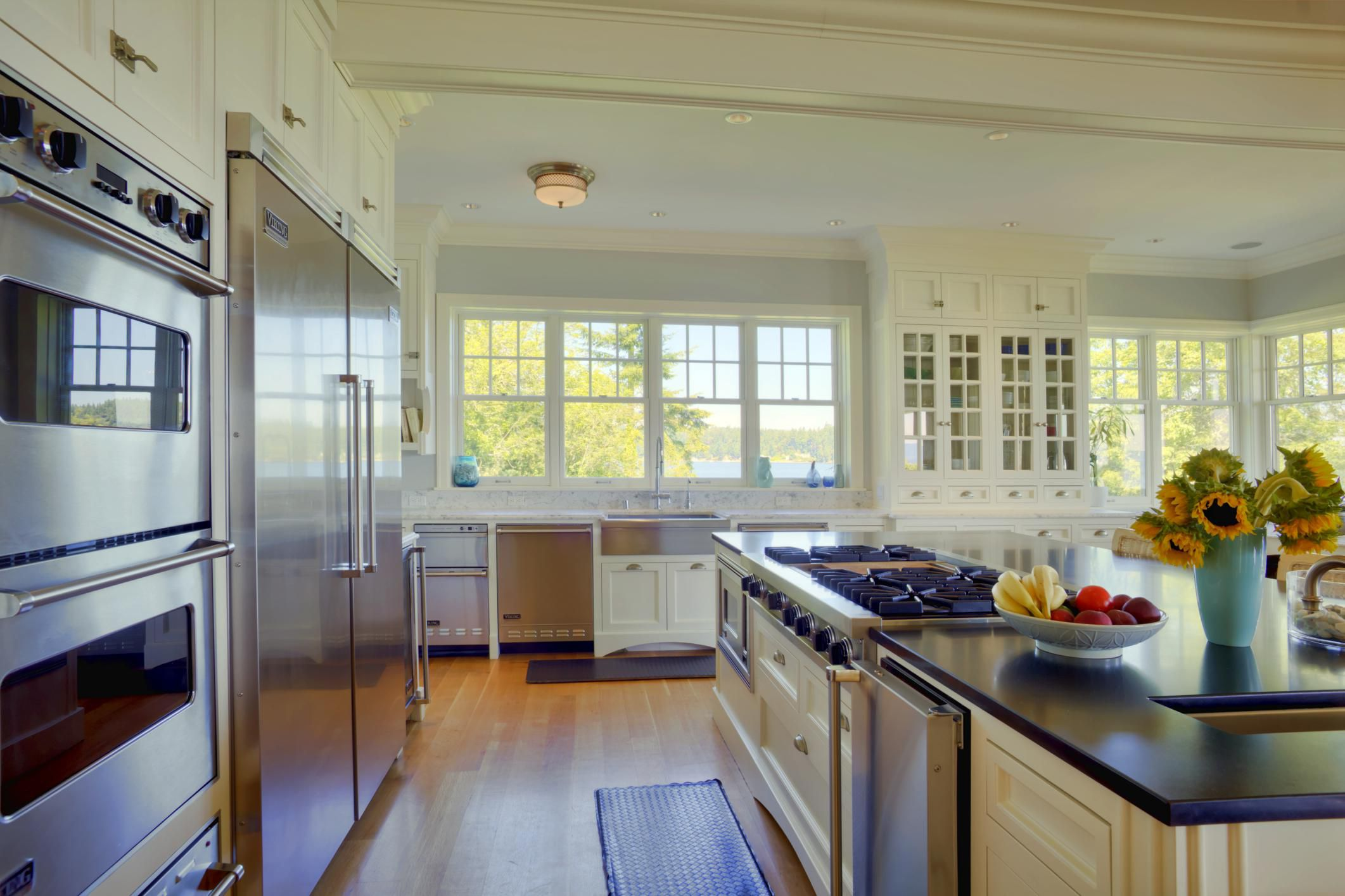 What is the kitchen work triangle - Kitchen triangle design with island ...