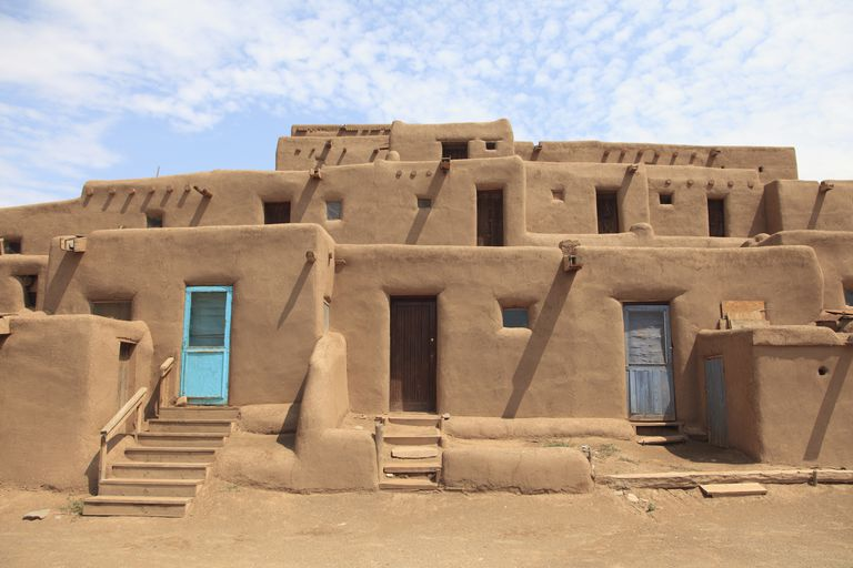 Build a better house with dirt for Adobe construction pueblo co
