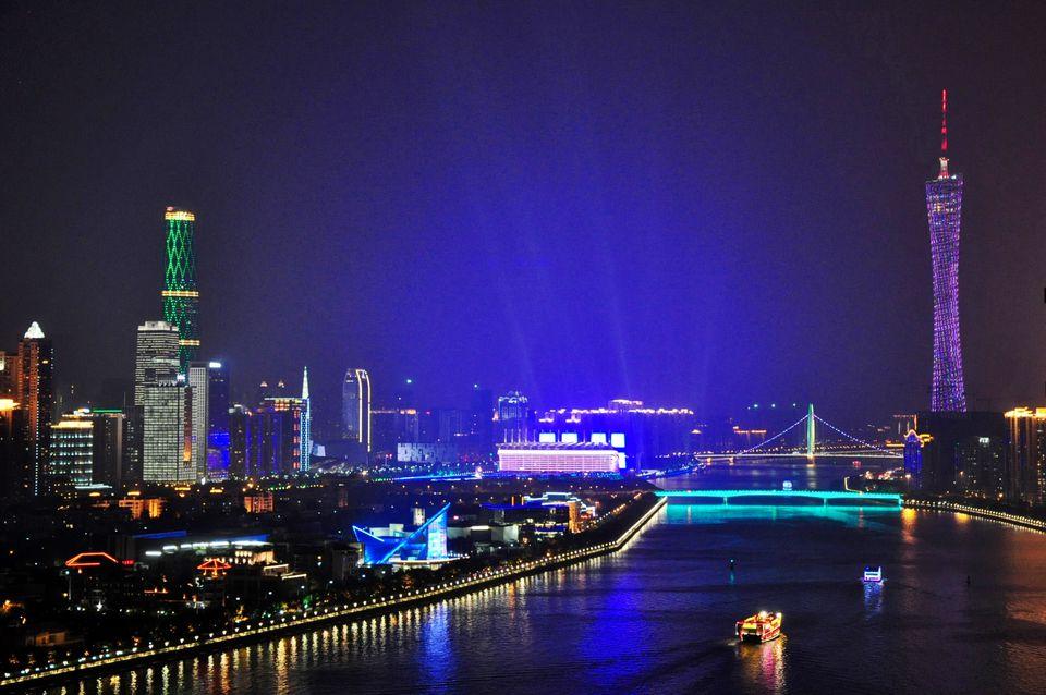 Pearl_River_Guangzhou_Azwari_Nugraha_Flickr.jpg