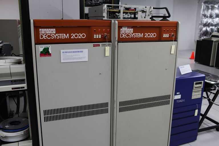 DECSYSTEM-2020 KS-10 (1979) at the Living Computer Museum