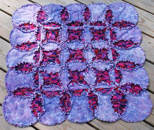 Cathedral Windows Rag Quilt Pattern