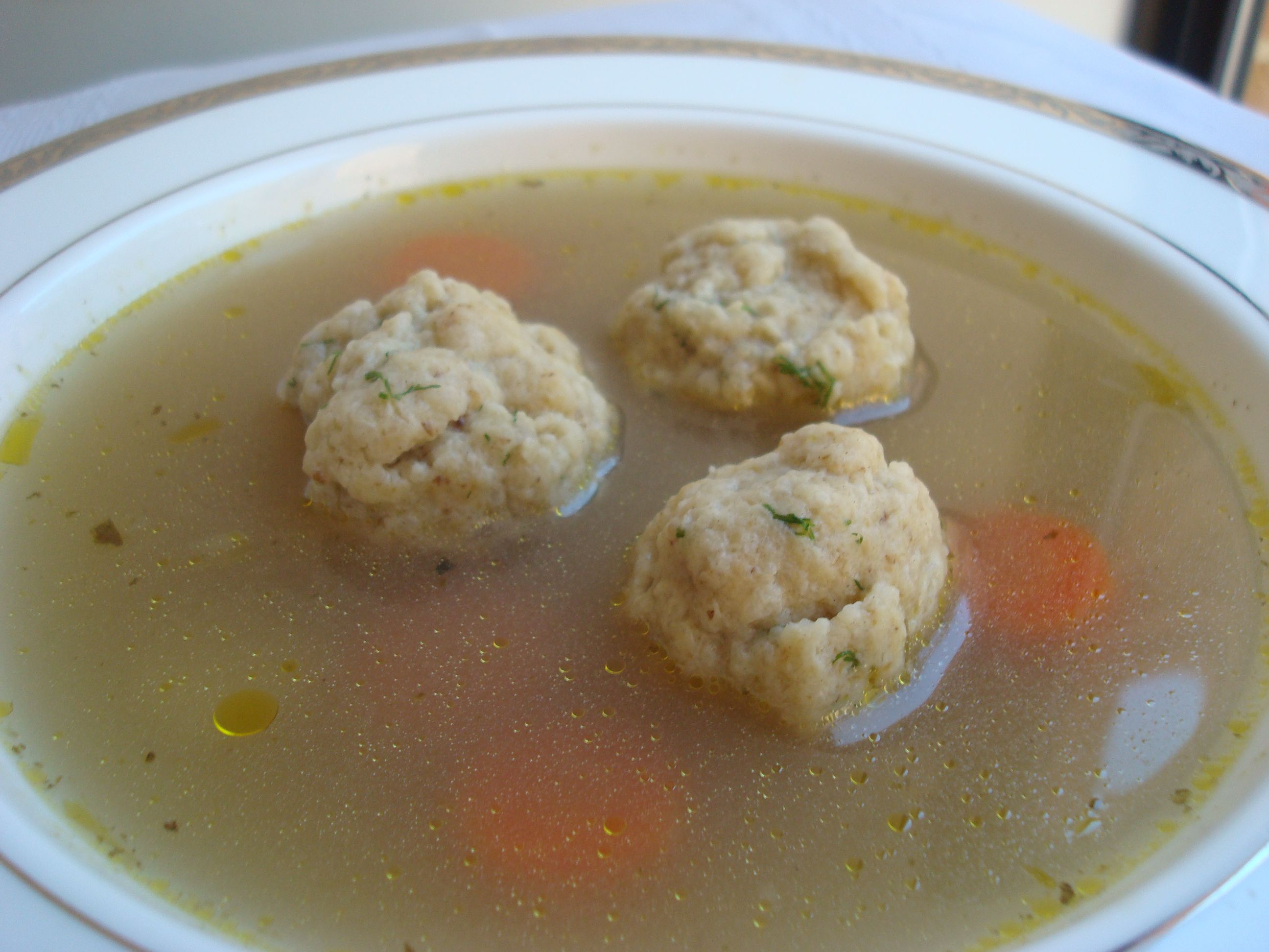 No-Chicken Vegtarian Matzo Ball Soup Recipe